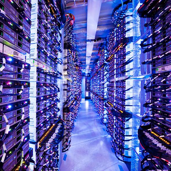GFS Cloud Scale Datacenters 590x590 - 【Python】テキストマイニングとは〜分析の重要性〜